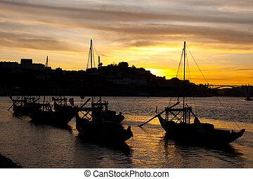 Nightfall in Porto (Portugal)