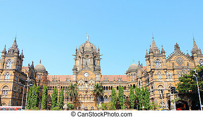 old colonial style building mumbai india - Victoria...