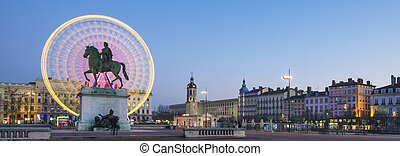 Famous Place Bellecour by night - Famous Place Bellecour...
