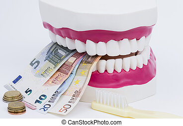 Tooth model with money - A tooth model with euro notes and...
