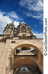 Kirche - Kaiser Wilhelm Memorial Church destroyed in the 2nd...