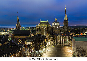 cathedral of Aachen at night - The cathedral in Aachen at...