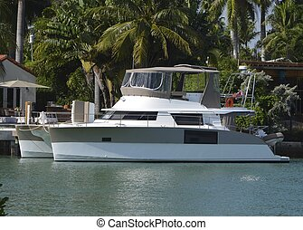 Twin Hulled Cabin Cruiser