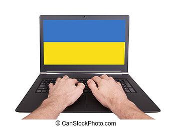Hände, arbeitende, auf, laptop, Ukraine,