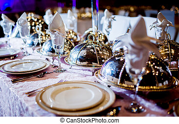 Wedding table arrangement - Wedding table arrangment Luxury...