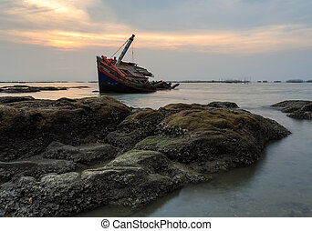 The wrecked ship , Thailand - The wrecked ship  , Thailand