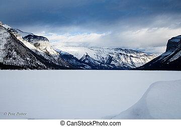 Lake Minnewanka - Snow covered Lake Minnewanka