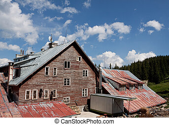 old mountain cabin - a view of an old mountain cabin