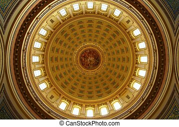 Wisconsin capitol dome - The Wisconsin capitol building is...