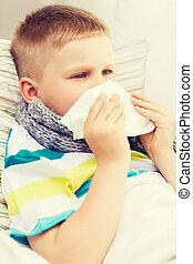 malade, Garçon, à, grippe, à, maison,