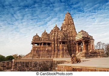 Kandariya Mahadeva Temple, Khajuraho, India. - Kandariya...