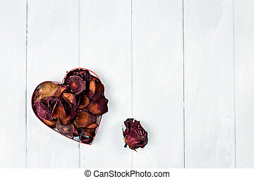 Dried Rose Petals Heart - St Valentines Day heart of dried...