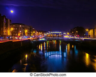 Bridge in Dublin at night - Night view of bridge in Dublin,...