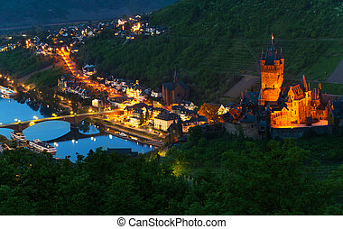 Mosel river and Cochem Imperial Castle - Panorama of Cochem...