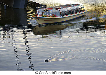 Boat Tours Amsterdam - An excursion boat for boat rides in...