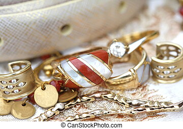 Set of golden jewerly and accesory
