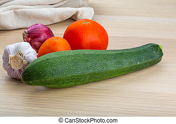 Zuchini - Zucchini with tomato, onion and garlic