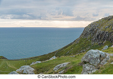 Neist Point Coastline - View onto the Atlantic Ocean west of...