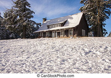 Snowy mountain cabin - An old cabin on a snow mountian