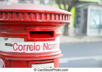 portuguese postbox