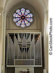 Church organ inside Braunschweig cathedral - Church organ...