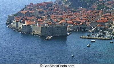 Telephoto lens panorama of Dubrovnik old town - Telephoto...