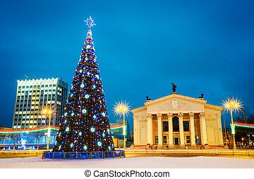 navidad, árbol, y, festivo, iluminación, en,...