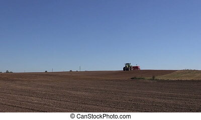 tractor seeding sewing crop grain