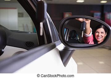 frau, Auto, Ausstellung, Schlüssel, Spiegel, Rückseite, Ansicht