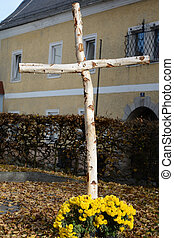 Cross made of birch wood - Kreuz aus Birkenholz mit Blumen...