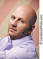 Bald man customer service - Portrait of bald man customer...