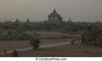 Thatbyinnyu pagoda in sunset, Bagan - Sunset in Bagan,...