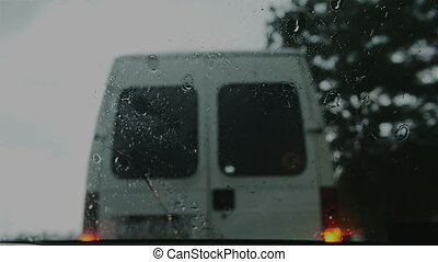 Windscreen wiper on windshield - Windscreen wiper on wet...