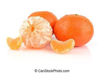 Studio shot dewy peeled mandarines isolated on white -...
