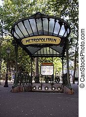 abbesses metropolitain Paris