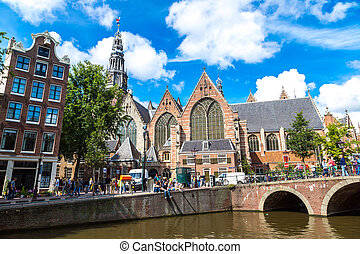 Oude Kerk in Amsterdam - Oude Kerk (Old Church) and...
