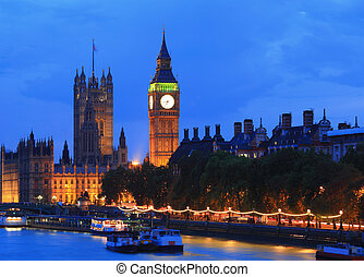 London at night - Big Ben and Houses of Parliament with blur...