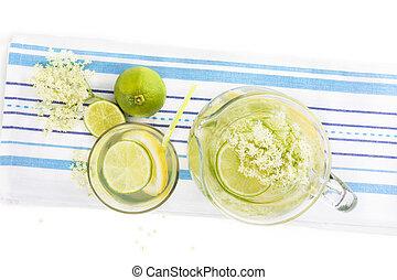 Elderberry lemonade - Elderberry lemonade with fresh lemon...