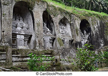 Gunung Kawi - The temples on the cliff in Gunung Kawi