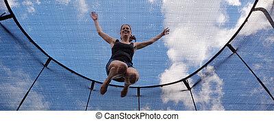saltos, mujer,  trampolin, joven