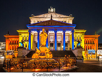 Berlin Gendarmenmarkt - view of the illuminated...