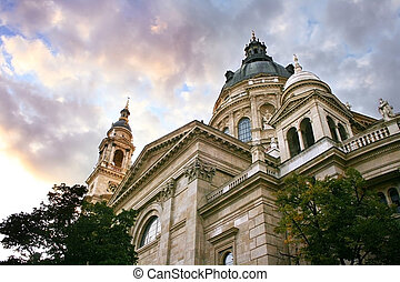 The Saint Stephen\'s Basilica in Budapest, Hungary