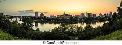 City of Saskatoon - Saskatoon is a city in central...