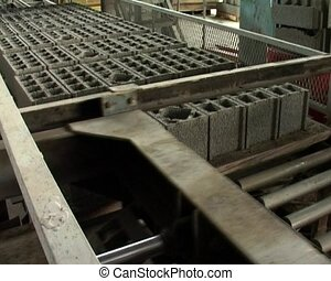cinder block factory - the automatic working at the cinder...