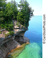 Emerald waters on Lake Superior