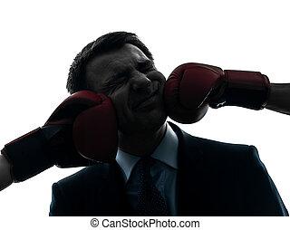 negócio, homem, soco, por, boxe, luvas, silueta,