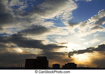 Sun-dog over the city - Sun-dog parhelion over the city...