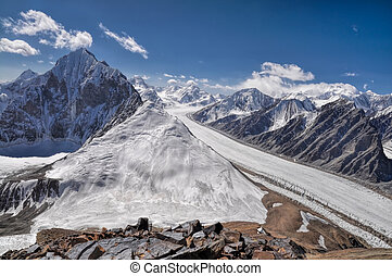 Glacier in Tajikistan - Magnificent Fedchenko Glacier in...