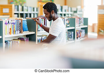 organizando, bibliotecário, livraria, LIVROS, macho
