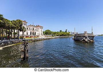 vizcaya Museum in Miami under blue sky